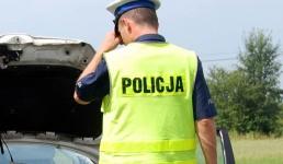 W czasie wakacji policja intensywnie kontroluje autokary i samochody