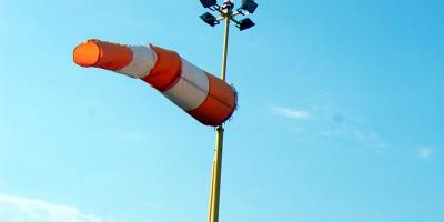 Synoptycy zapowiadają spory wiatr, strażacy już interweniują