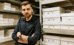Firma z Wadowic, która urosła w czasie pandemii koronawirusa poszukuje nowych zakładów szewskich do współpracy