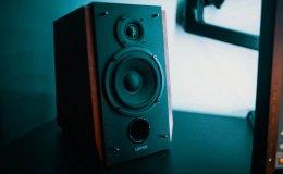 Głośniki przenośne - 3 powody, dla których warto je mieć